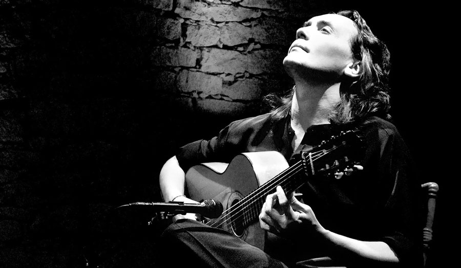 flamenco guitarist Vicente Amigo